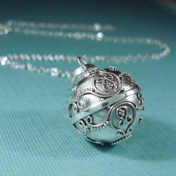 Sterling silver harmony ball pendant hm72 16 16mm sterling silver harmony ball pendant hm72 16 aloadofball Gallery
